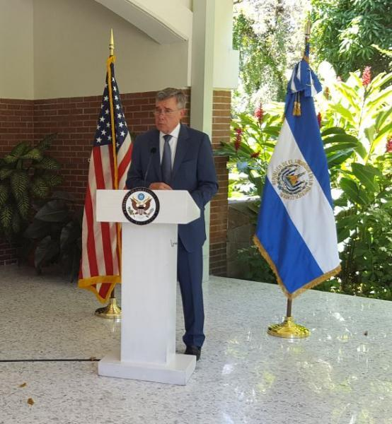 Photo of Commissioner Kerlikowske speaking in El Salvador