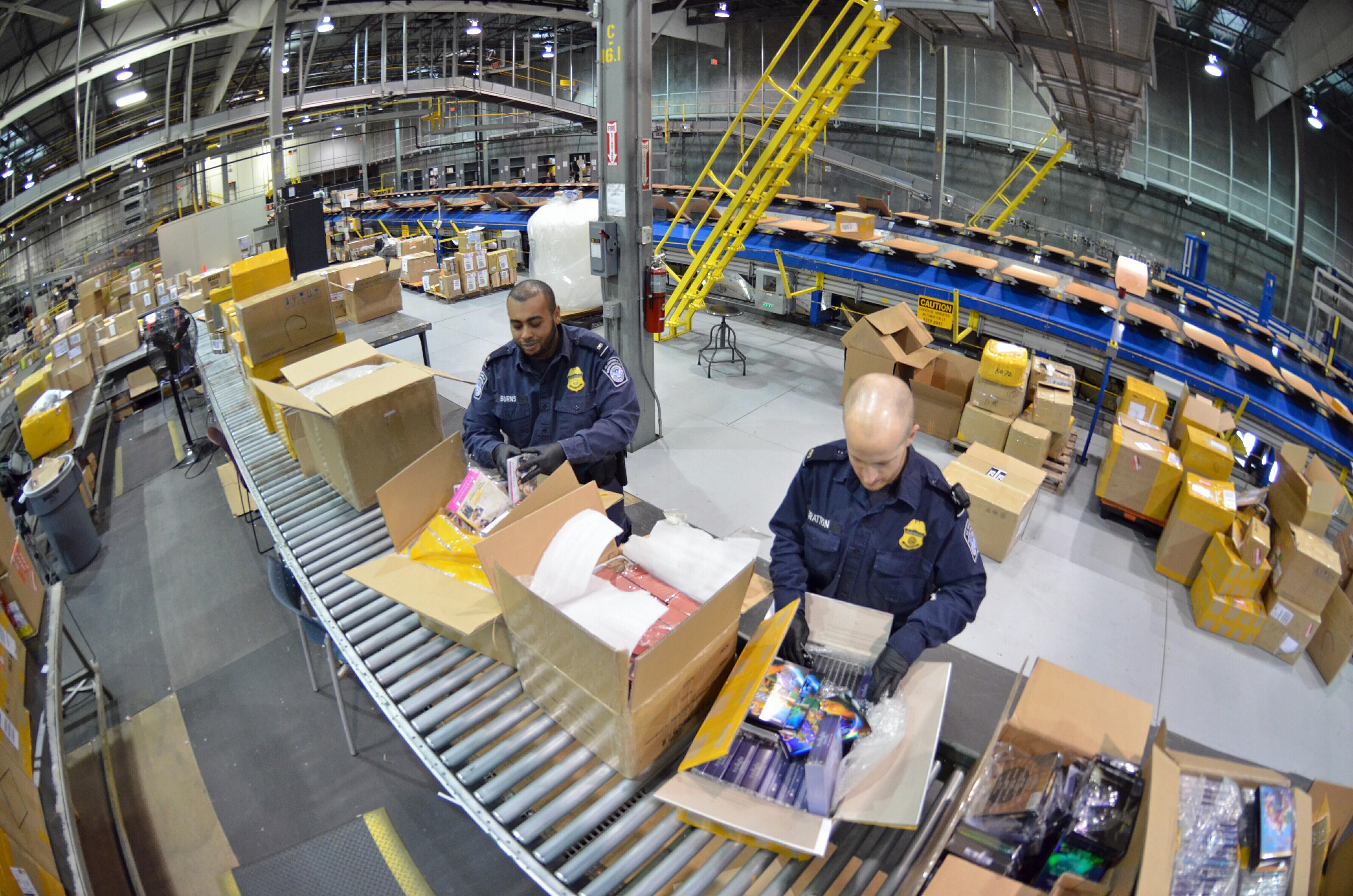 Cincinnati DHL 1 | U S  Customs and Border Protection