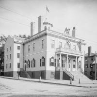 A photo of the Salem Customhouse