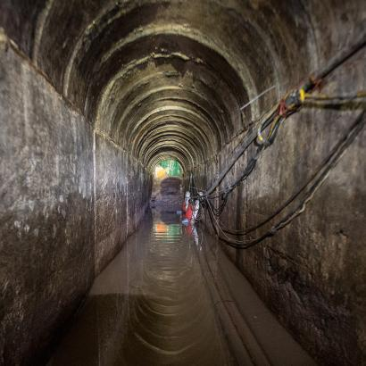 Photo inside the Douglas Tunnel