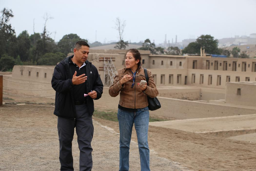 Photo of CBP adviser with the Peruvian Customs chief of staff at Pachacamac ruins
