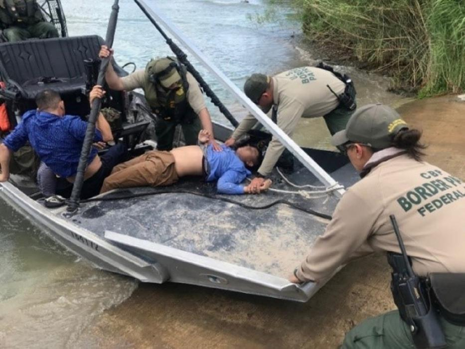 Border Patrol performs water rescue