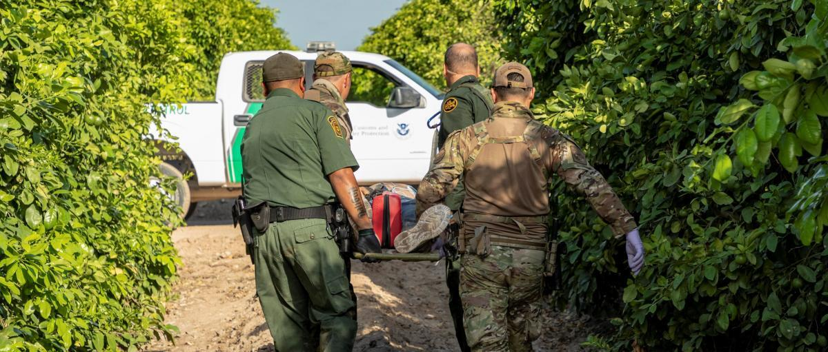 Border Patrol renders medical aid