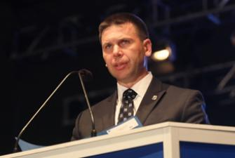 Commissioner McAleenan speaks at the 30th Annual Candelight Vigil