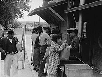 Agriculture inspectors at the U.S. border Inspection Station at El Paso, Texas in the 1930s