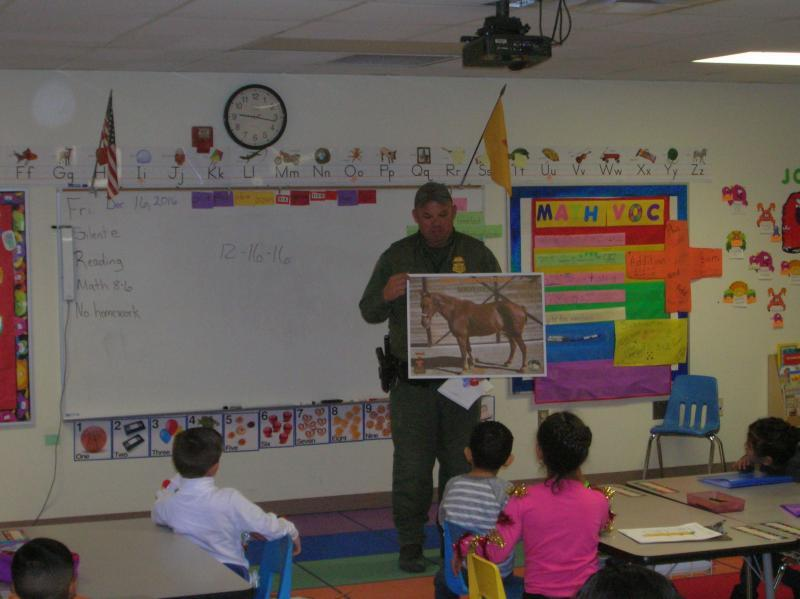 Border Patrol Agent at a N.M. school