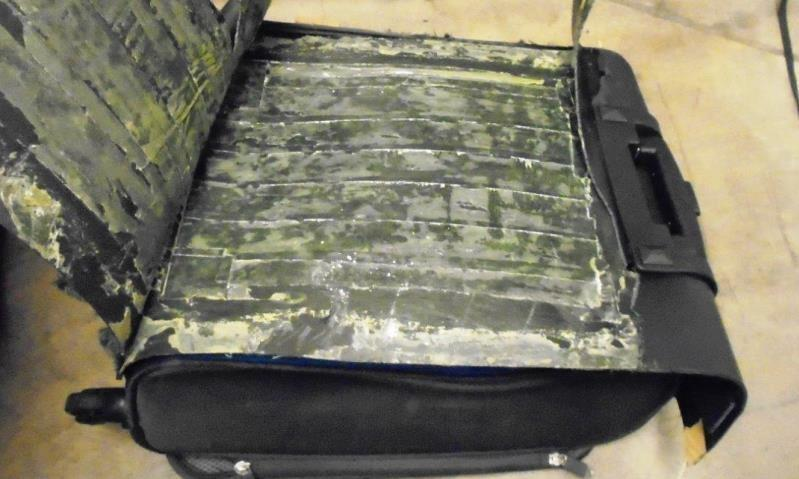 Officers discovered more than 6 pounds of cocaIne within the lining of a smugglers suitcases