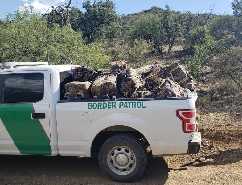 Agents seized more than 800 pounds of marijuana from backpackers west of Nogales