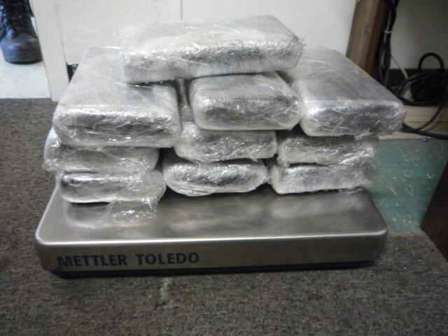 CBP officers at the Eagle Pass Port of Entry foiled a cocaine smuggling attempt yesterday, seizing nearly $800,000 worth of drugs.