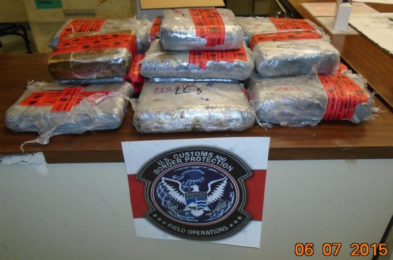 Bundles containing $1 million in heroin and cocaine seized by CBP officers at Laredo Port of Entry