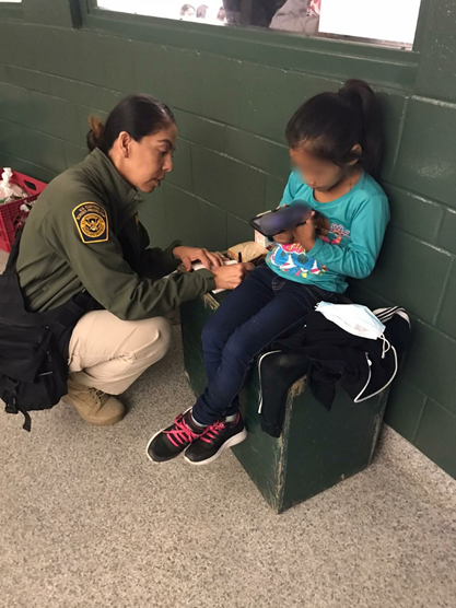 Girl, 5, with USBP agent