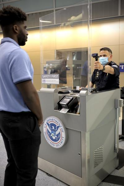 CBP Officer uses Simplified Arrival at DFW airport