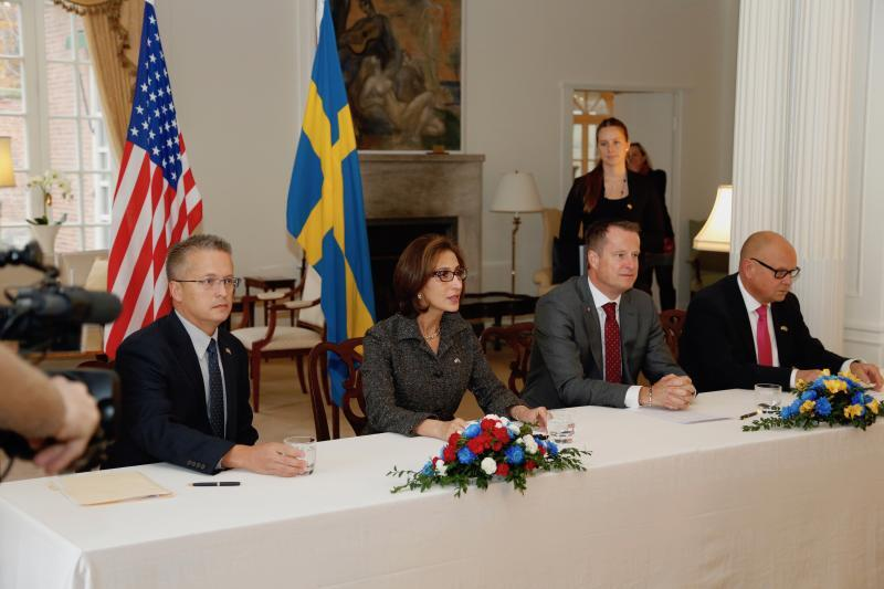 US Ambassador signs agreement with Sweden