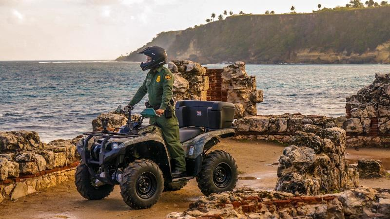 Border Patrol Agent searches in the west coast of Puerto Rico