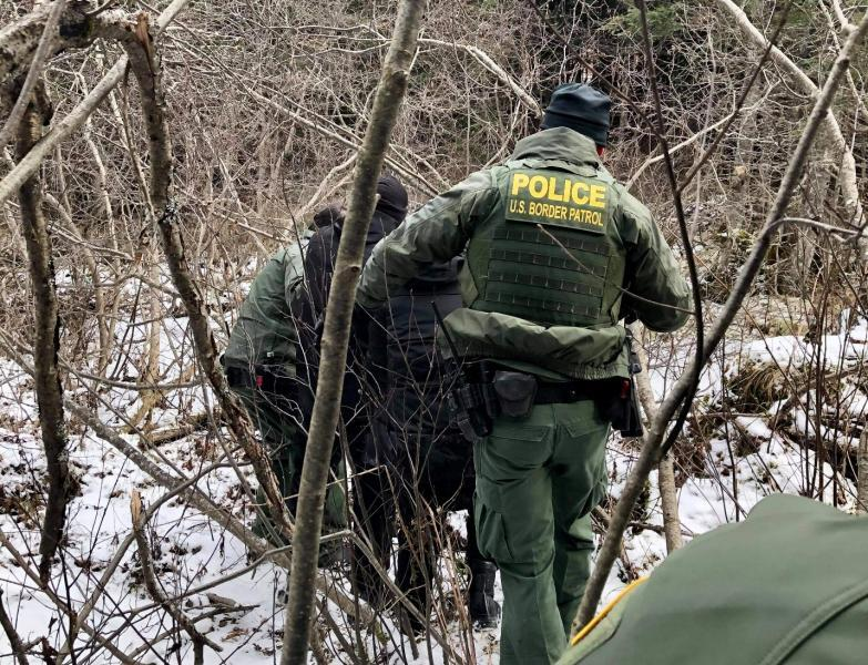 Border Patrol agents in Maine encountering a felony warrant fugitive along with the subject of a missing adn endangered person alert. 11-19-2020