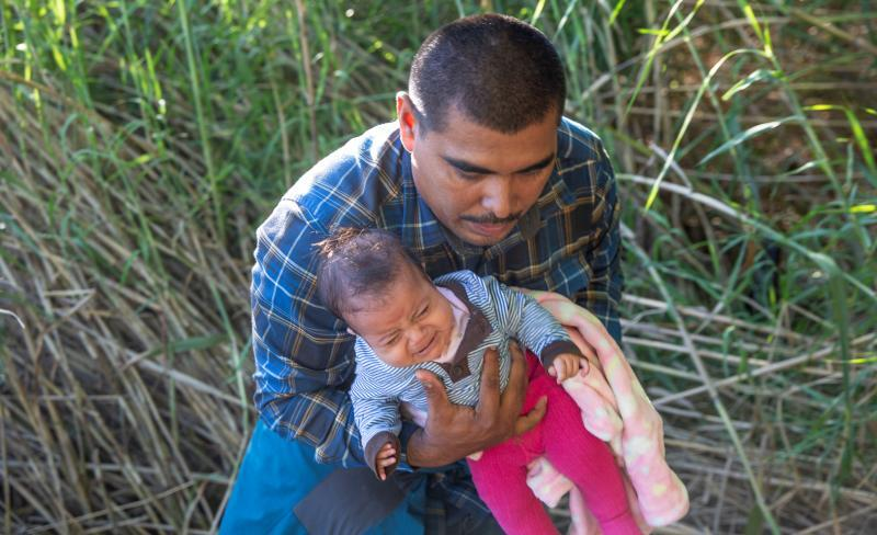 Illegal alien with child