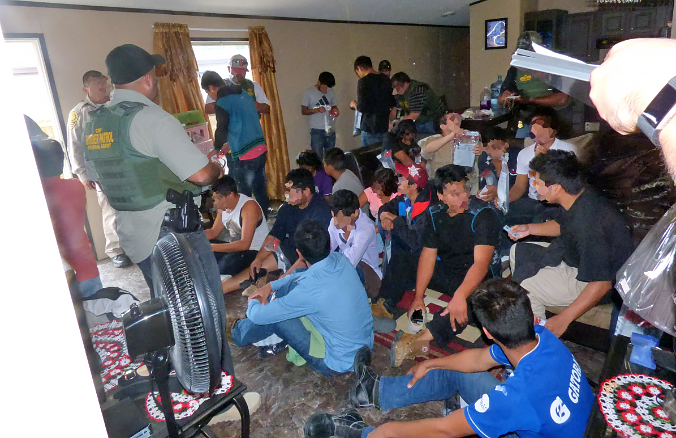 Border Patrol Agents encounter 25 illegal aliens in stash house