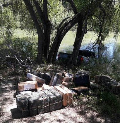 Bundles seized after truck ran into the Rio Grande